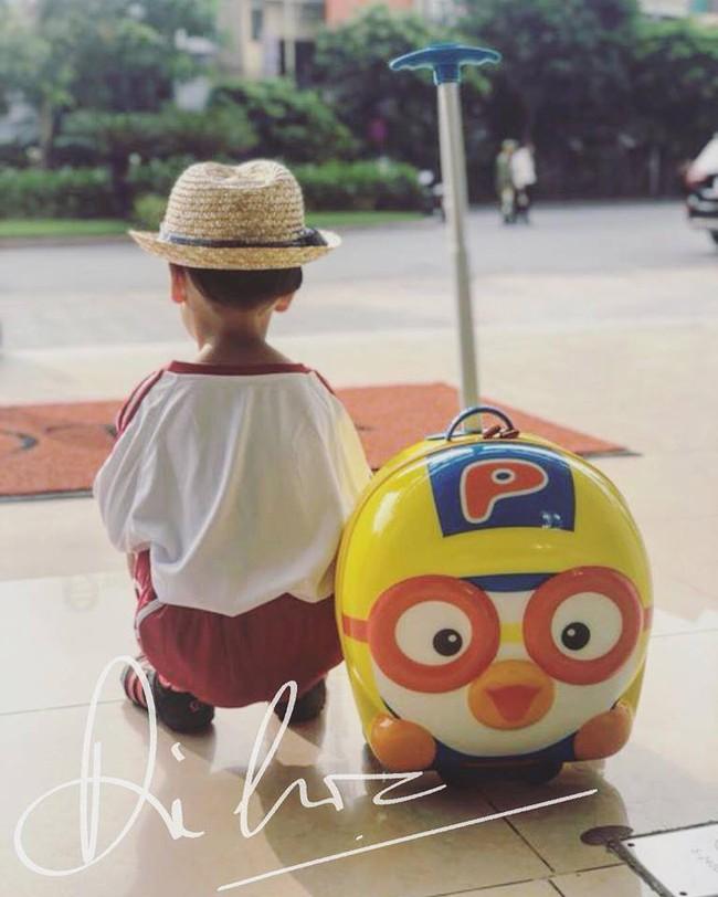 Xem loạt nhóc tỳ nhà sao Việt xúng xính đồng phục dự lễ khai giảng đầu năm học mới - Ảnh 13.