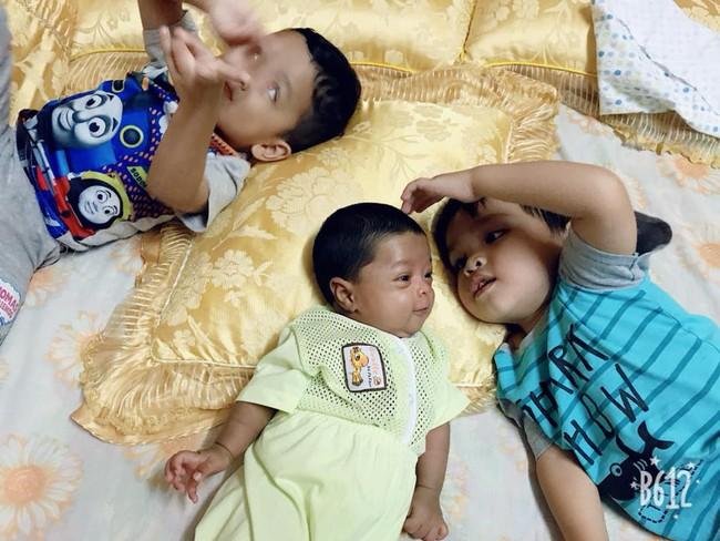 Bé sơ sinh 10 ngày tuổi phải vào viện vì lở loét khắp người, bác sĩ hỏi 1 câu biết ngay thủ phạm đáng sợ bố mẹ nên dè chừng - Ảnh 7.