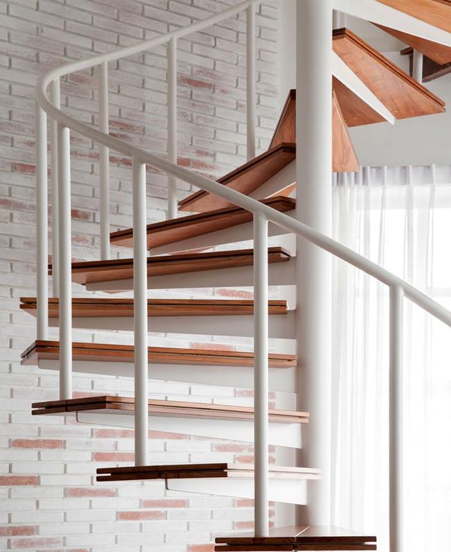 14 mẫu thiết kế cầu thang cho nhà có gác lửng, vừa tiết kiệm diện tích vừa làm duyên cho nhà nhỏ - Ảnh 8.
