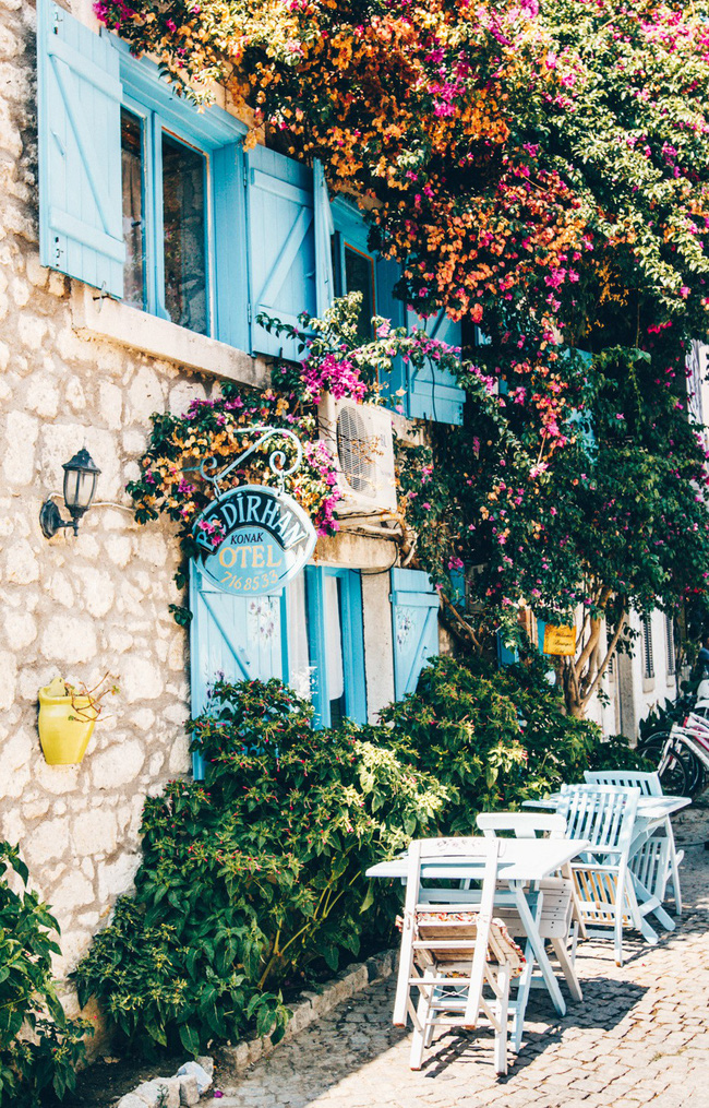 15 ngôi làng đẹp như bước ra từ cổ tích với kiến trúc độc đáo cùng phong cảnh hữu tình - Ảnh 13.