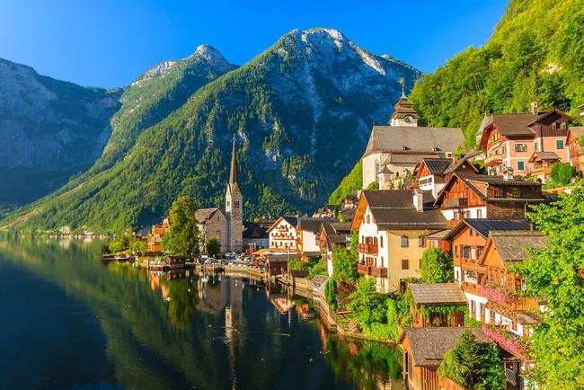 15 ngôi làng đẹp như bước ra từ cổ tích với kiến trúc độc đáo cùng phong cảnh hữu tình - Ảnh 6.