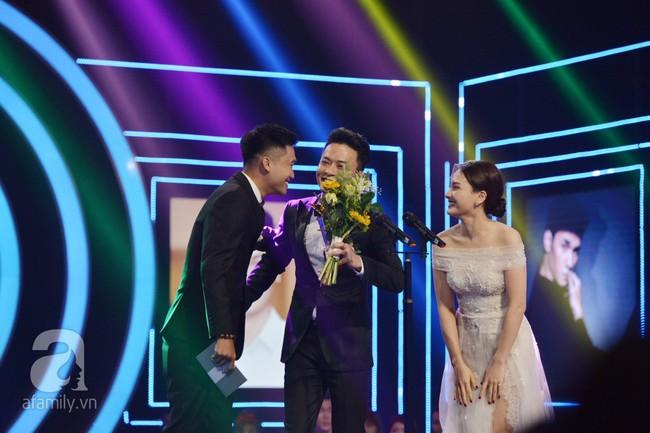 Cặp đôi Bảo Thanh - Mr Cần Trô Xuân Nghị pha trò nhạt nhẽo và khó hiểu tại VTV Awards - Ảnh 4.