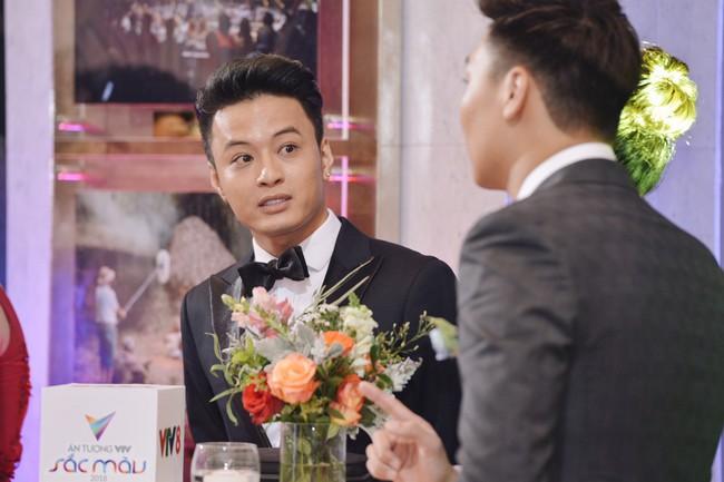 Cặp đôi Cả một đời ân oán Hồng Đăng - Hồng Diễm hội ngộ trên thảm đỏ VTV Awards 2018 - Ảnh 2.