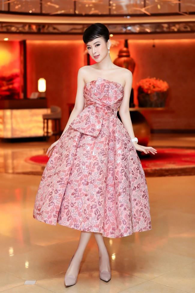 Angela Phương Trinh diện váy khoe vai trần gợi cảm, sánh đôi Hứa Vĩ Văn dự sự kiện - Ảnh 3.