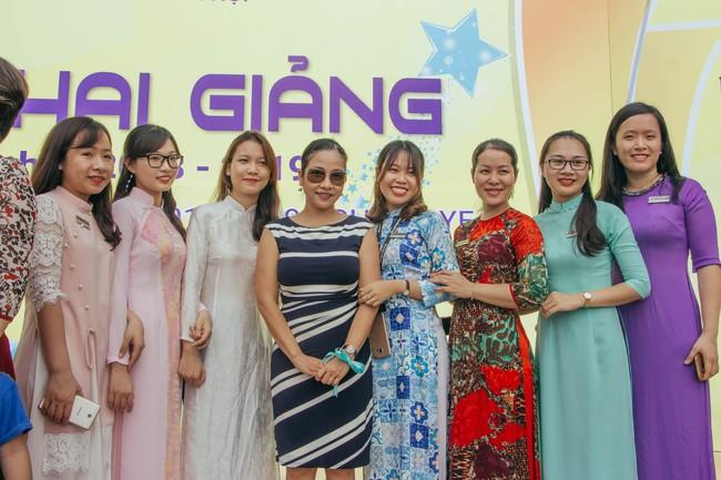 Sau tour diễn cuối cùng trong sự nghiệp, Mỹ Linh hạnh phúc mang âm nhạc tới trường học  - Ảnh 3.