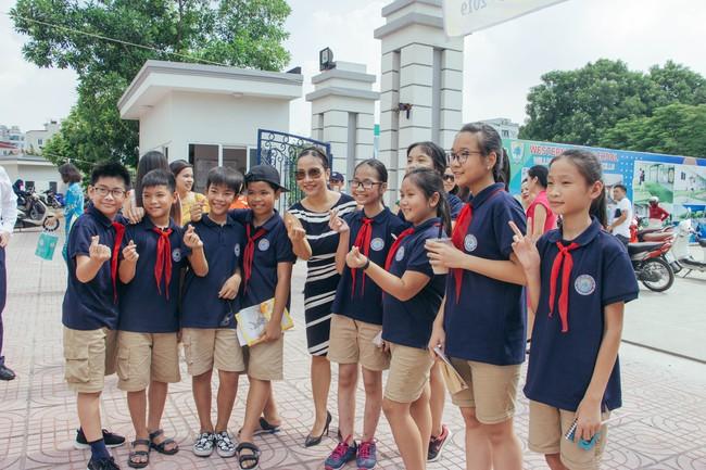 Sau tour diễn cuối cùng trong sự nghiệp, Mỹ Linh hạnh phúc mang âm nhạc tới trường học  - Ảnh 5.
