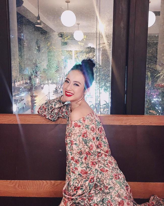 Mặc váy đầm lộng lẫy thôi là chưa đủ, phải trang điểm đẹp, chọn son môi xuyệt tông nhưng Angela Phương Trinh mới hoàn hảo - Ảnh 13.