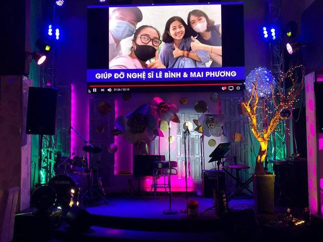 Phùng Ngọc Huy bất ngờ xuất hiện trong đêm nhạc ủng hộ Mai Phương tại Mỹ - Ảnh 4.