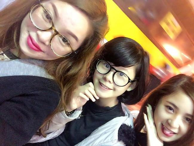 2 con gái diễn viên Thanh Tú cháo  lòng: Chị là tiếp viên hàng không sắc sảo, em tươi trẻ dịu dàng  - Ảnh 3.