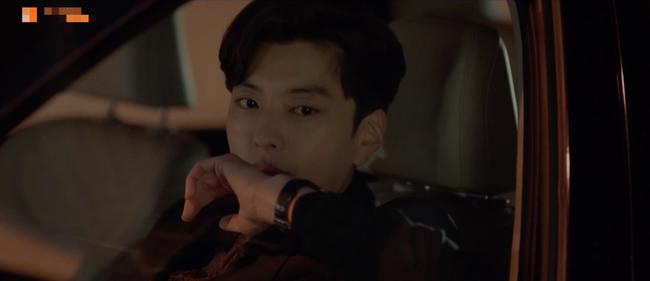 Cảnh Song Hye Kyo say xỉn trong Encounter gợi nhớ bác sĩ Kang của Hậu duệ mặt trời - Ảnh 11.