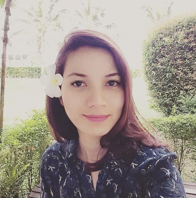 Nhan sắc cực phẩm người vợ gắn bó 10 năm với MC Anh Tuấn - đóa hồng lai mang hai dòng máu Pháp - Việt - Ảnh 6.