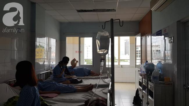 10 kỹ thuật y tế nổi bật năm 2018 tại TP. HCM: Gấu ngủ đông cứu Việt kiều, phẫu thuật robot cứu mạng thai phụ - Ảnh 3.