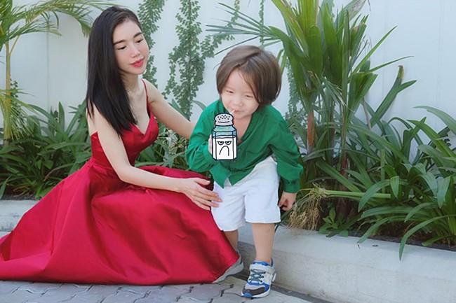 Chồng Tây vừa bị lộ danh tính, Elly Trần lại tiết lộ câu chuyện gia đình đầy bất ngờ - Ảnh 11.
