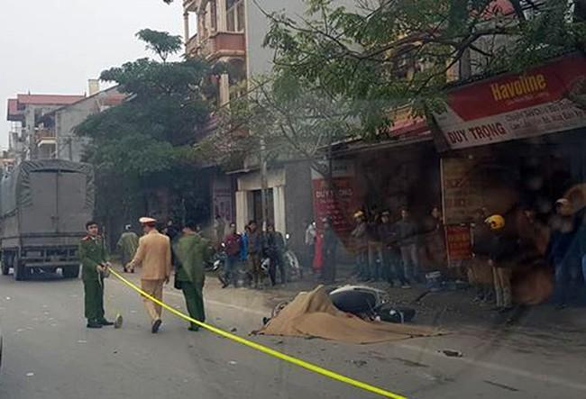 Vĩnh Phúc: Bị xe tải tông cùng chiều, người phụ nữ chết thảm - Ảnh 1.
