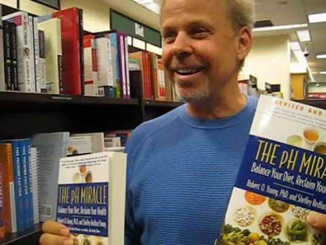 Lý do mà tác giả cuốn sách chữa ung thư bị thua kiện và phải bồi thường 105 triệu đô khiến nhiều người bừng tỉnh - Ảnh 1.
