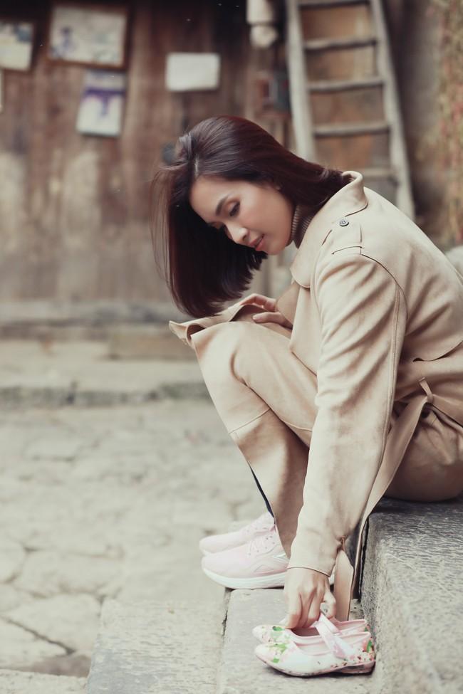 Âm thầm ra MV, Ái Phương khiến những người con xa quê rạo rực ngóng chờ ngày trở về - Ảnh 6.