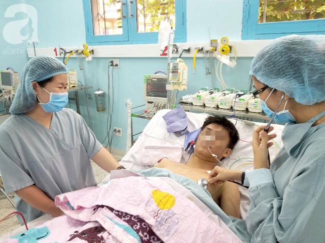 10 kỹ thuật y tế nổi bật năm 2018 tại TP. HCM: Gấu ngủ đông cứu Việt kiều, phẫu thuật robot cứu mạng thai phụ - Ảnh 5.