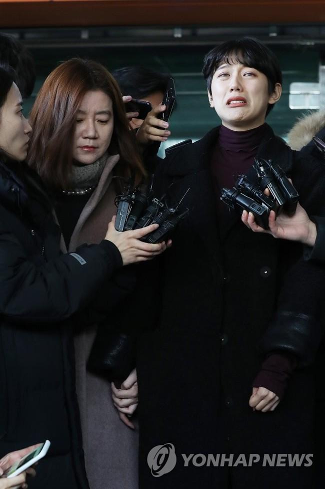 Đã có kết luận của vụ quấy rối chấn động Hàn Quốc, Suzy có tìm được lối thoát sau khi bị kiến nghị xử tử hình? - Ảnh 2.