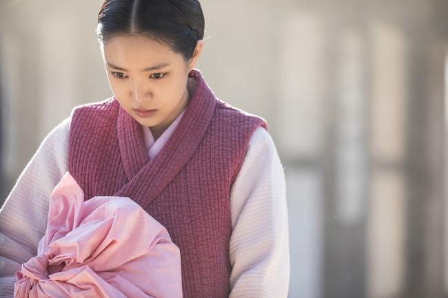 """Ám ảnh chuyện """"Nàng dâu bị nguyền"""" xứ Hàn: Cứ đêm tân hôn là chồng qua đời - Ảnh 3."""