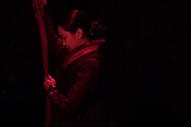 """Ám ảnh chuyện """"Nàng dâu bị nguyền"""" xứ Hàn: Cứ đêm tân hôn là chồng qua đời - Ảnh 4."""