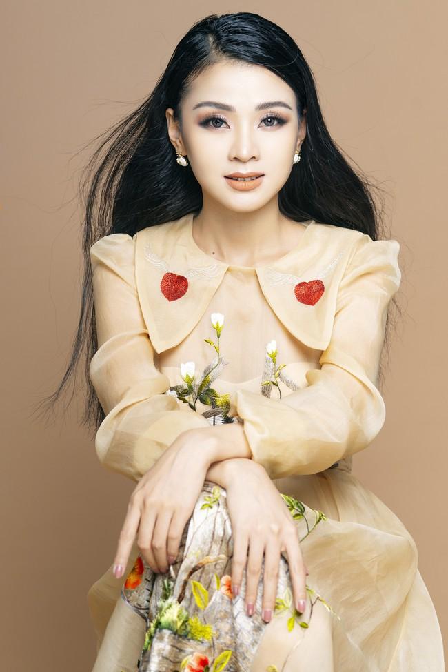 Cô gái được mệnh danh thiên thần Bolero từng khiến Hari Won ghen lồng lộn ra mắt MV mừng xuân mới - Ảnh 5.