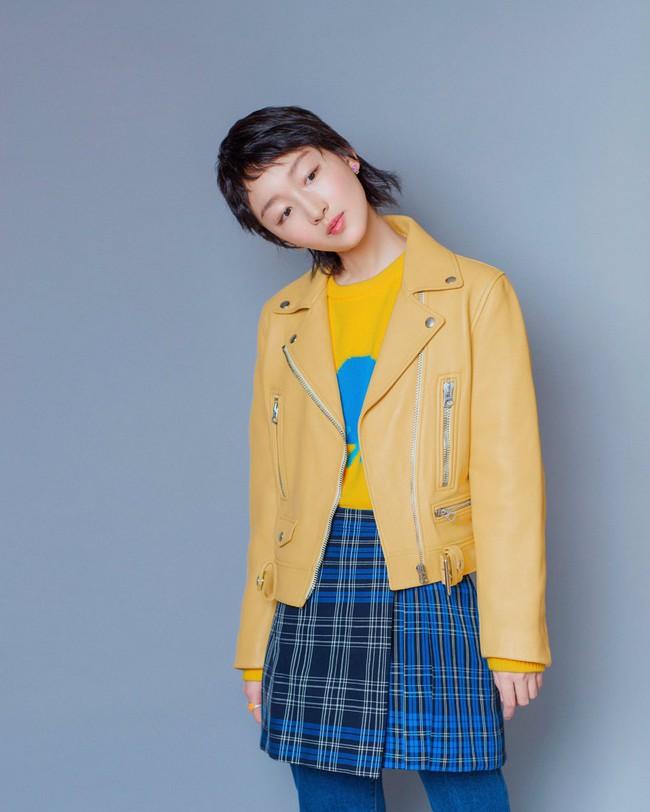 Cùng 1 chiếc áo: Angela Baby, Trương Quân Ninh trẻ ra cả chục tuổi, đến Châu Đông Vũ lại hơi khó nhận xét - Ảnh 7.