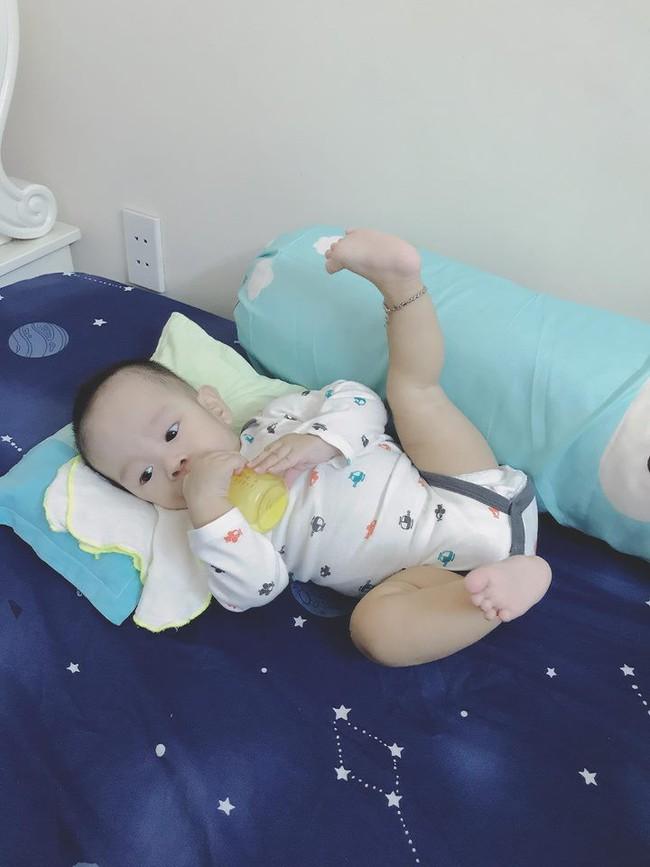 Ông bố của hiếm tiết lộ bí quyết luyện con ngủ xuyên đêm chỉ sau 1 tuần, chỉ cần đặt xuống giường là say giấc - Ảnh 7.