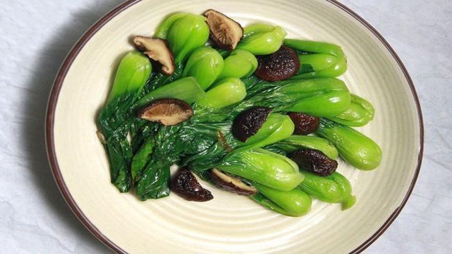 Bất ngờ với những công dụng siêu tuyệt vời của rau cải chíp, tốt cho cả người trẻ lẫn người già - Ảnh 2.