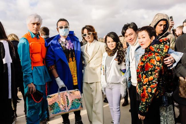 Lý Quí Khánh là đại diện duy nhất của Việt Nam được đích thân Louis Vuitton mời sang Pháp dự show - Ảnh 1.