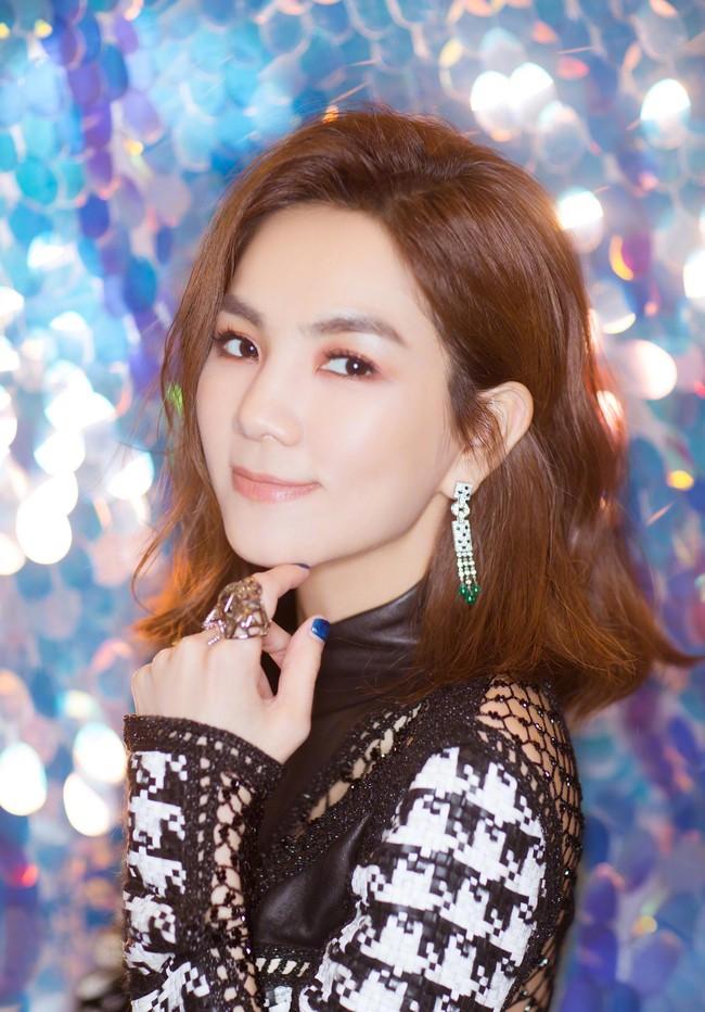 Sao Trung Thử thách 10 năm: Lâm Chí Dĩnh trẻ mãi không già, thành viên nhóm nhạc SHE từ tomboy thành mỹ nhân - Ảnh 5.