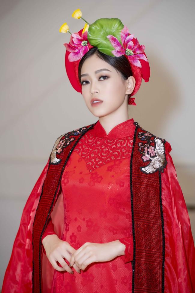 Hoa hậu Tiểu Vy quyền lực như Hoàng hậu bên cạnh Ái phi Phương Nga, Thúy An - Ảnh 5.