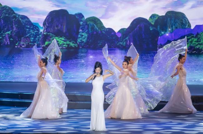 Hoa hậu Tiểu Vy quyền lực như Hoàng hậu bên cạnh Ái phi Phương Nga, Thúy An - Ảnh 17.