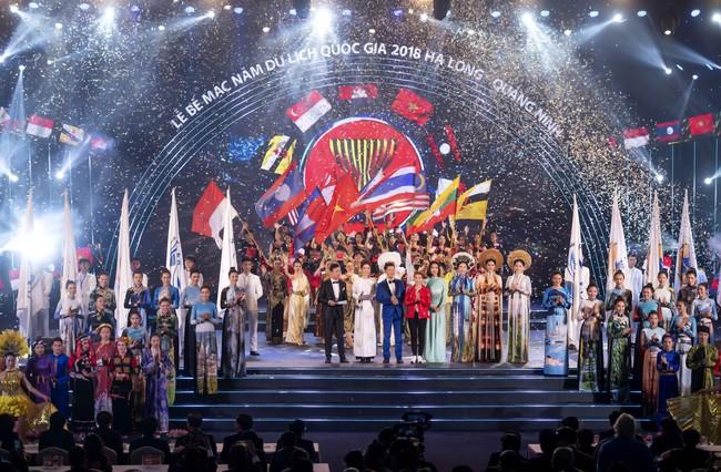 Hoa hậu Tiểu Vy quyền lực như Hoàng hậu bên cạnh Ái phi Phương Nga, Thúy An - Ảnh 12.