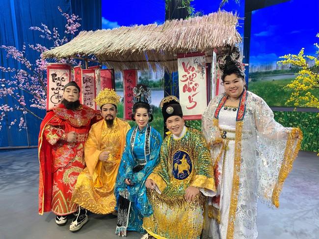 Táo Quân miền Nam: Hé lộ tạo hình lộng lẫy của Thiên Hậu Trịnh Kim Chi  - Ảnh 10.