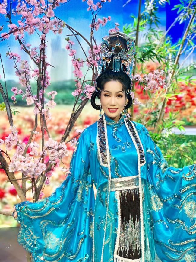Táo Quân miền Nam: Hé lộ tạo hình lộng lẫy của Thiên Hậu Trịnh Kim Chi  - Ảnh 7.