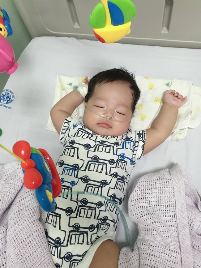 Mẹ Hà Nội với trải nghiệm kinh hoàng khi cả 2 con bị nhiễm virus RSV và bài học cảnh báo cho các mẹ - Ảnh 4.