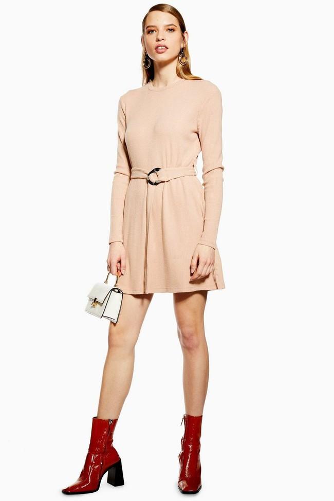 Nghía qua 15 mẫu váy từ Zara, Mango, Topshop, các nàng thế nào cũng chọn được chân ái để tha hồ bung lụa đón Tết - Ảnh 10.