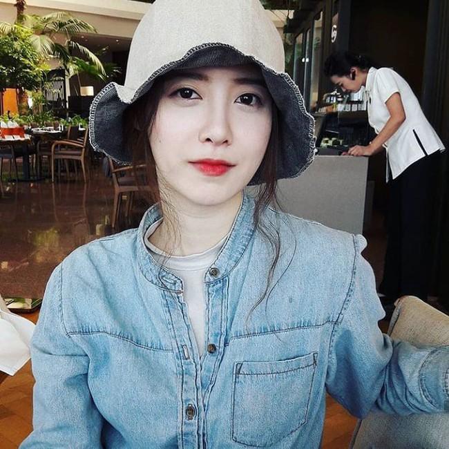Nghịch lý Goo Hye Sun: Để không chiếm spotlight trong mọi bức ảnh, cô đã phải áp dụng thủ thuật makeup này - Ảnh 2.