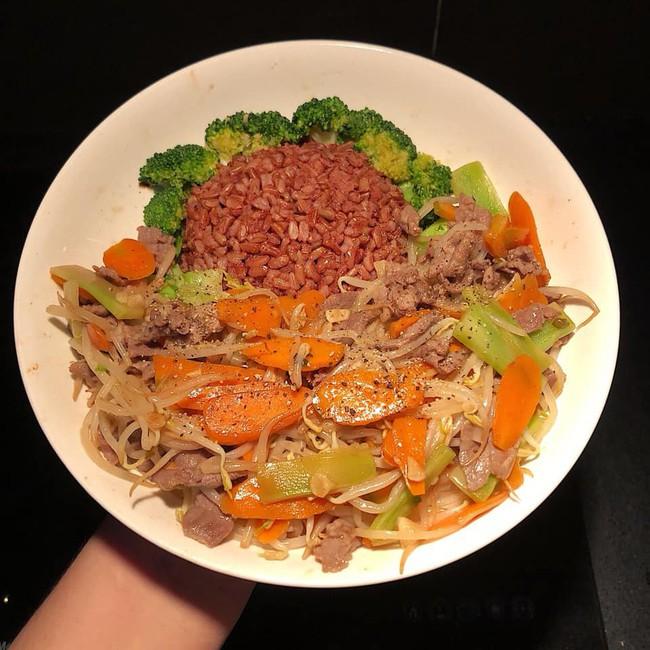 10 thực đơn giảm cân được HLV gợi ý nên ăn trước thềm năm mới - Ảnh 6.