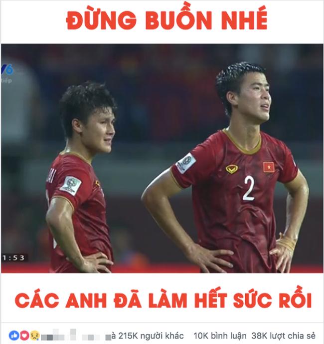 Thua Nhật Bản nhưng người hâm mộ vẫn động viên tuyển Việt Nam: Về ăn Tết thôi, các em vất vả quá rồi! - Ảnh 4.