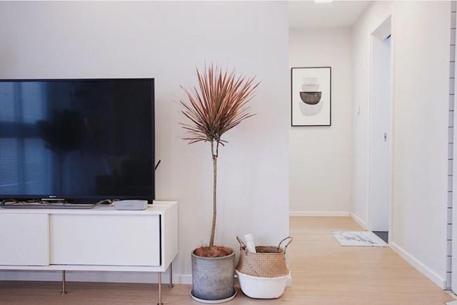 Căn hộ 70m² trên tầng 33 đẹp hút hồn với thiết kế gạch sàn bếp hình lục giác độc đáo - Ảnh 7.