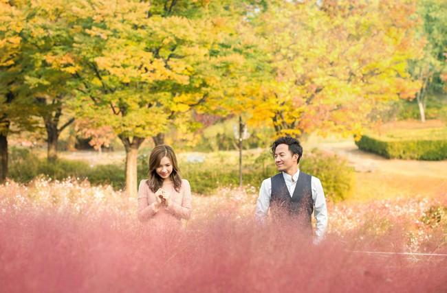 Trọn bộ ảnh cưới ngập tràn sắc vàng mùa thu Hàn Quốc của rapper Tiến Đạt và vợ mới cưới Thụy Vy - Ảnh 16.