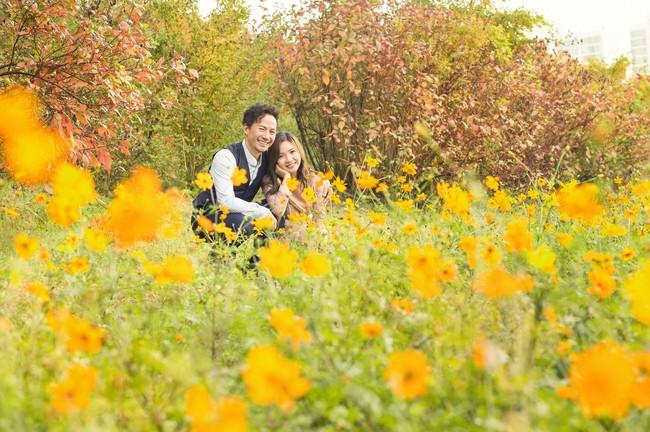 Trọn bộ ảnh cưới ngập tràn sắc vàng mùa thu Hàn Quốc của rapper Tiến Đạt và vợ mới cưới Thụy Vy - Ảnh 22.