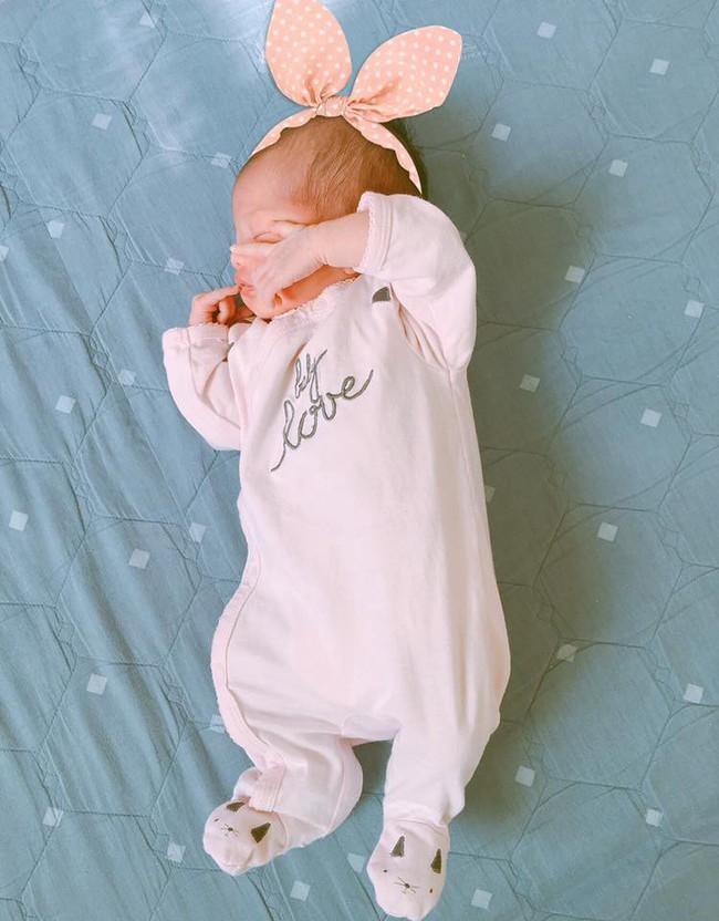 Mẹ Hà Nội 8 lần thông tắc sữa trong tháng đầu sau sinh và câu chuyện gian nan tìm dòng sữa mẹ cho con  - Ảnh 9.