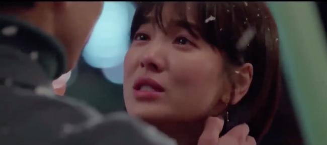 Tập cuối Encounter: Song Hye Kyo - Park Bo Gum hạnh phúc viên mãn cùng nụ hôn dưới màn tuyết lãng mạn - Ảnh 7.