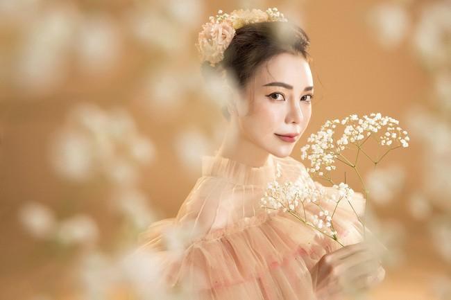 Trà Ngọc Hằng hóa nàng công chúa xuân kiều diễm, quyết trở lại ca hát sau khi sinh con  - Ảnh 10.