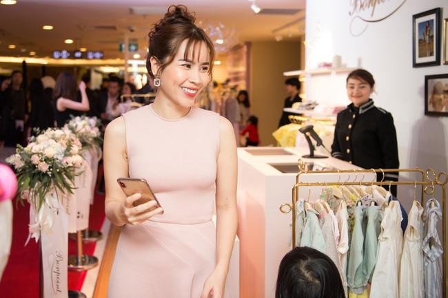Lần hiếm hoi Lưu Hương Giang đưa 2 con gái xinh như công chúa đi sự kiện  - Ảnh 8.