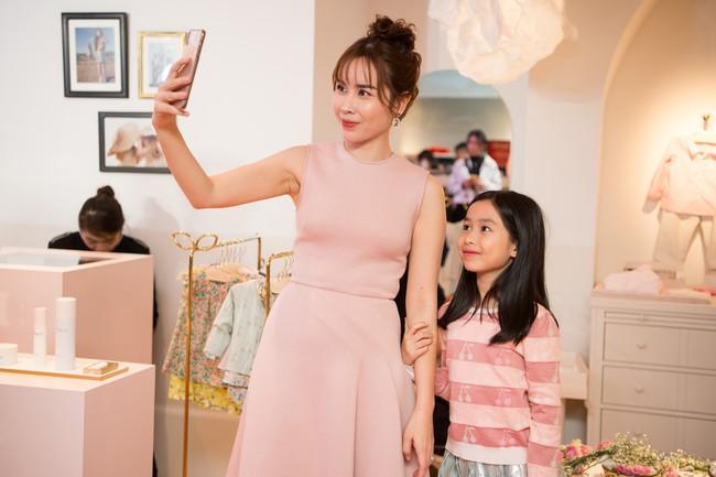 Lần hiếm hoi Lưu Hương Giang đưa 2 con gái xinh như công chúa đi sự kiện  - Ảnh 6.