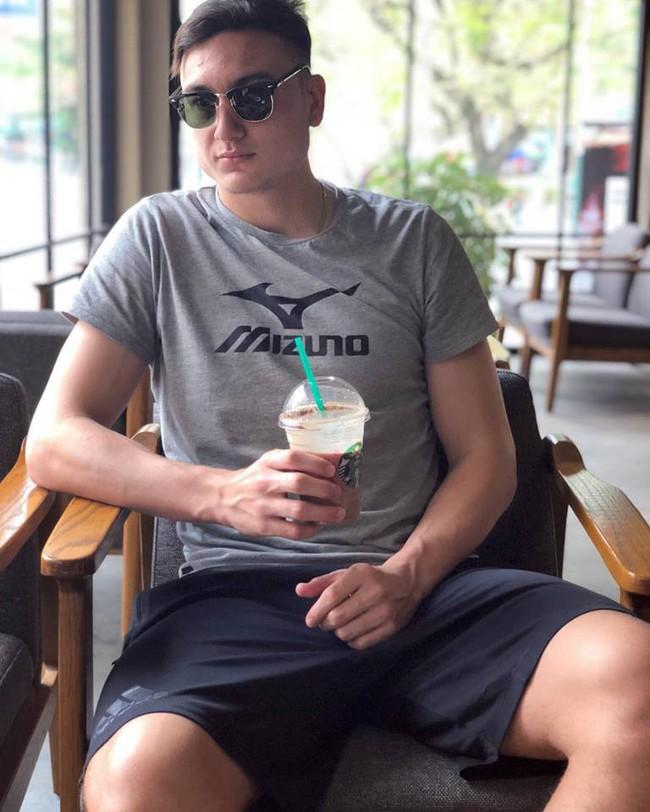 Rò rỉ ảnh Lâm Tây đi nghỉ dưỡng ở Nha Trang, fan lại phát cuồng vì ảnh đời thường đẹp xuất sắc - Ảnh 6.