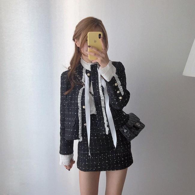 Dễ mặc đẹp mà lại sang chảnh hết nấc, váy áo vải tweed chính là thứ mà nàng nào cũng nên sắm để diện Tết - Ảnh 5.